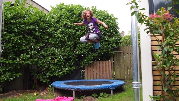 Miejsca do zabawy i do uprawiania sportu w ogrodzie